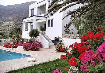 Villa in Greece, Lefkogia: .
