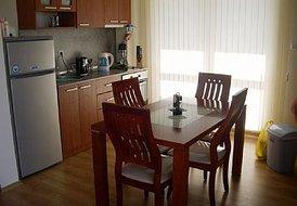 Studio Apartment in Sunny Beach, Bulgaria: Kitchen/dining