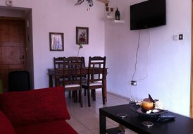 2 Bed Penthouse 600m from the Beach - Tourist Area