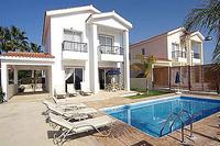 Villa in Cyprus, Coral Bay: Pool