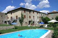 Village_house in Italy, Lunigiana: The pool and house