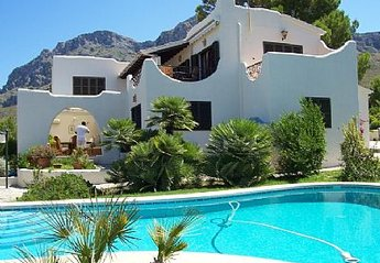 3 bedroom Villa for rent in Arta