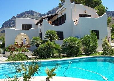 Villa in Spain, Urbanització Sant Pere: private pool
