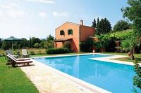 Villa in Greece, Corfu: large pool, main villa and cottage house -private