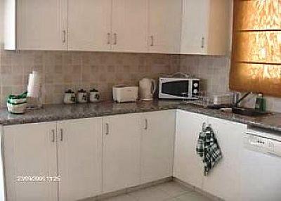 Villa in Cyprus, Paphos: kitchen