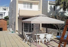 Relaxing Sea Side Holiday Villa for You and Your Family to Enjoy