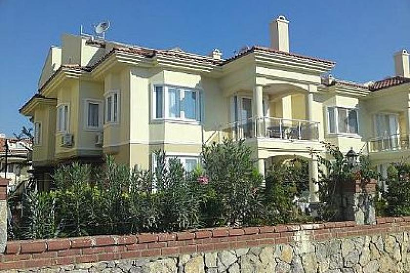Beach Villa In Calis Beach Turkey With 5 Bedrooms