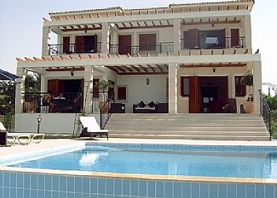 Villa in Cyprus, Paphos: Pool