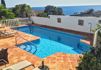Villa in Spain, Mazarrón: very secluded pool with stunning views