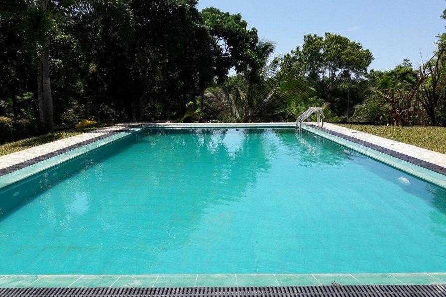HikkaHouse Holiday Home (4 - AC BR) with Swimming Pool
