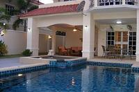 Villa in Thailand, Jomtien: Outside Private Pool Area