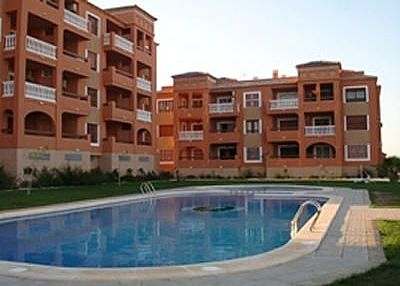 Apartment in Spain, Canal Norte: Front of Property