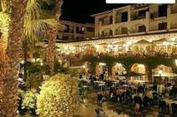 Apartment in Spain, Villamartin Plaza: Villamartin Plaza at Night