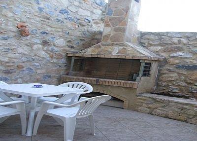 Village house in Greece, Pigi: courtyard garden