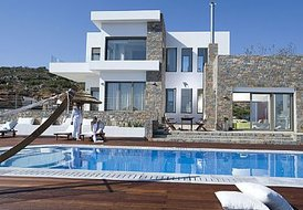 3 bedroom luxury villa in  Elounda 265m2