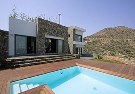 3 bedroom luxury villa in  Elounda 215m2