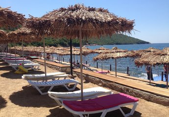 Apartment in Turkey, Tuzla Lake: Beach Club - 5-10 mins stroll or take the shuttle bus.