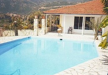 Villa in Greece, Nydri: Picture 1