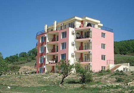 Apartment in Mestnost Incharaki, Bulgaria: Moonlight Views