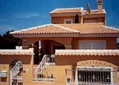 Owners abroad Luxury Detached 4 /5 Bed Villa & Pool (Sleeps 10)