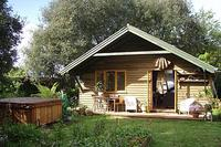 Spa lodge-A beautiful haven in Bantham,Devon.Close to the beach.