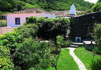 Cottage in Portugal, Fajă Grande: O Palheiro