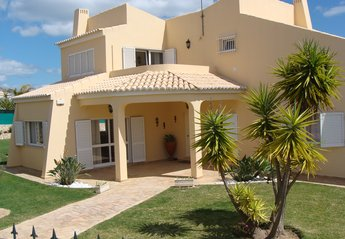 5 bedroom Villa for rent in Carvoeiro