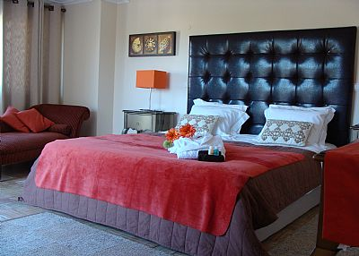Villa in Portugal, Gale: MASTER ENSUITE BEDROOM 1ST FLOOR