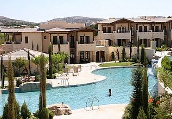 3 bedroom Apartment for rent in Aphrodite Hills
