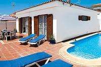 Villa in Spain, Callao salvaje: Sparkling heated pool