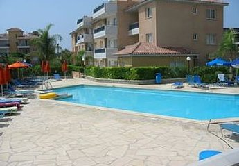 2 bedroom Apartment for rent in Kato Paphos
