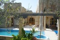 Villa in Malta, Imgarr: Imgarr Farmhouse near Valletta with Air Conditioned Large Outdoor Pool