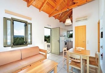 Villa in Cyprus, Miliou: Living and Dining Room