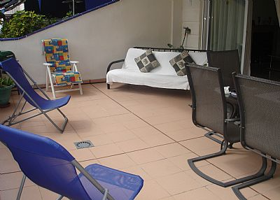 Apartment in Spain, Los Cristianos: Large sunny front balcony
