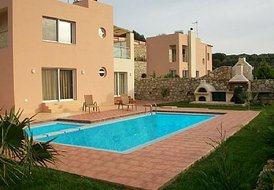 8 guest villa in Chania