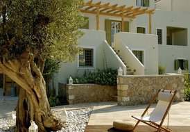 3 guests luxurious villa in Spetses
