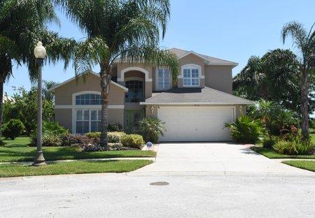 Villa in Rolling Hills, Florida