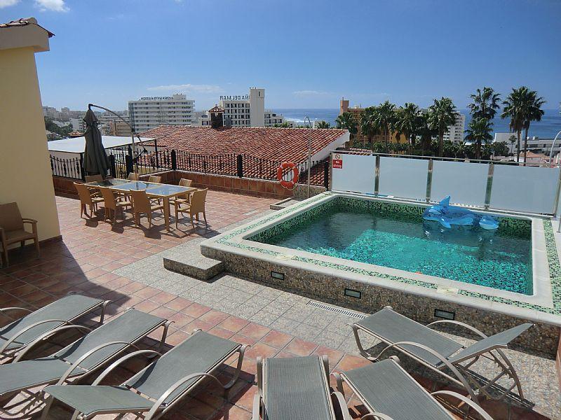 Villa in Spain, Playa de las Americas: Gorgeous pool with sea views