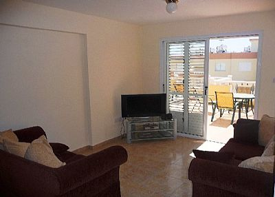 Apartment in Cyprus, Kapparis: Living area
