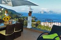Villa in Italy, Marciano: Villa su Capri private terrace with Capri view