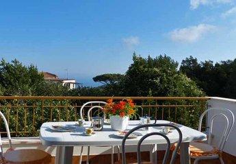 Apartment in Italy, Sant' Agata sui due Golfi: 01 I Campi terrace