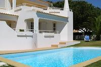 Villa in Portugal, Praia da Gale: exterior1