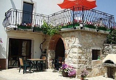 Studio Apartment in Motovun, Croatia: Istrian Village House