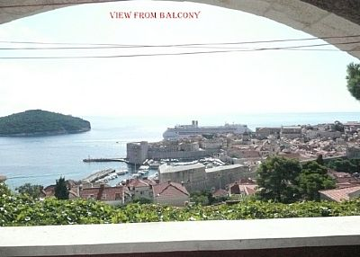 Studio apartment in Croatia, Iznad starog grada: View from balcony