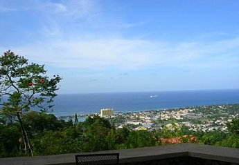 Villa in Jamaica, Ridge Estates: The beautiful view from the veranda!