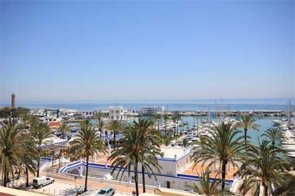 Apartment in Spain, Estepona