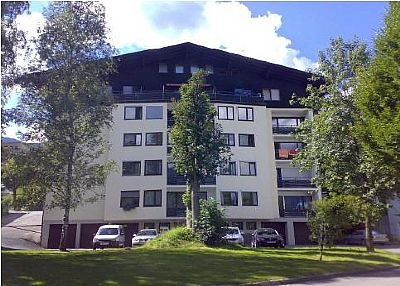 Bergstrasse 6, Flat 9. Centre of Zell am See near lifts/lake
