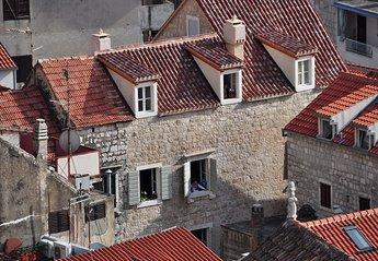 Apartment in Croatia, Omiš: Villa Mama Exterior