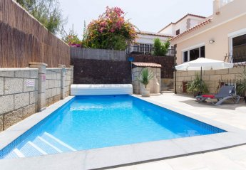 6 bedroom Villa for rent in San Eugenio Alto