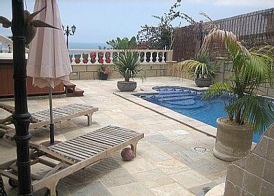Villa in Spain, San Eugenio Alto: The lovely pool area